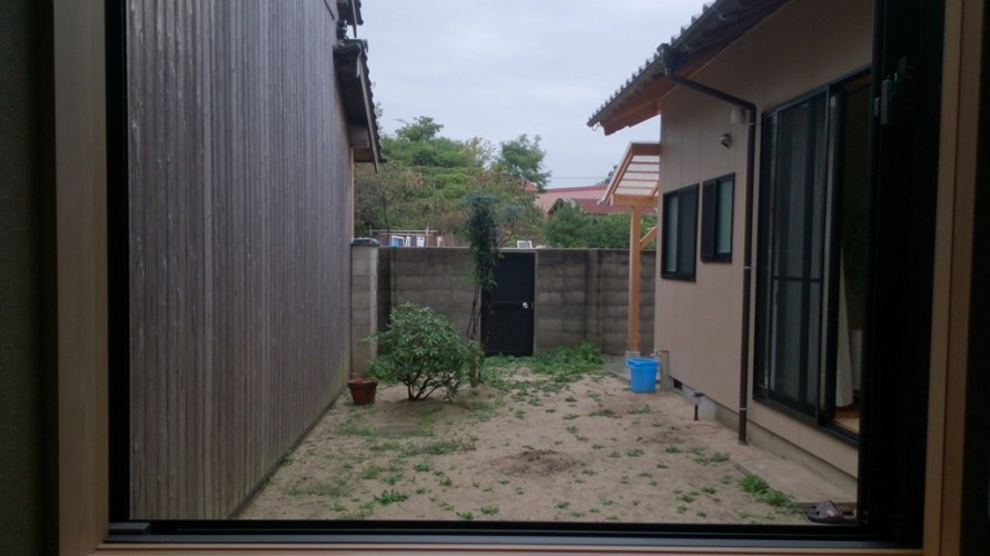 大澤の杜「四季を感じられる庭空間」大澤邸 書斎からの眺め