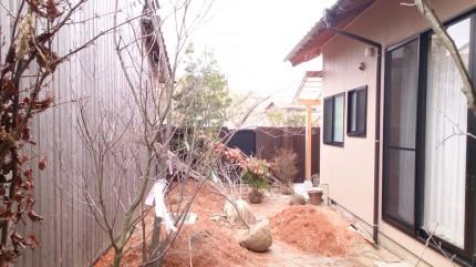 大澤の杜「四季を感じられる庭空間」大澤邸 木々の搬入完了