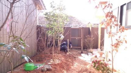 大澤の杜「四季を感じられる庭空間」大澤邸 扉隠し骨組み完成