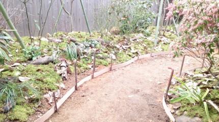 大澤の杜「四季を感じられる庭空間」真砂土舗装準備