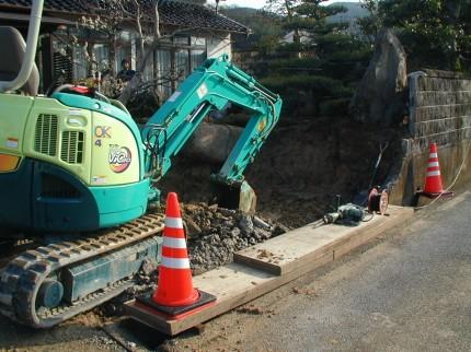 福田邸 玄関前目隠し竹垣(みす垣)工事 ブロック塀除去完了